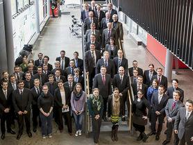 40 Forscher, ein Ziel: Hybride Massivbauteile