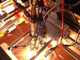 Der Laser kommt zum Werkstück: Mobile Lasermaterialbearbeitung