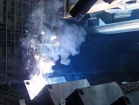 Experiments for simulating wet welding under water
