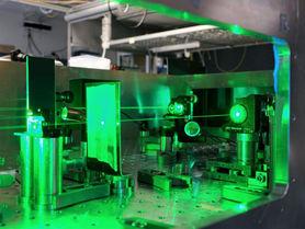 Exzellenzcluster lädt Forschende und Praktiker zum PhoenixD Laser Day