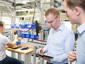Industrie 4.0: Die Fabrik der Zukunft live erleben