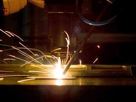 Laserschweißen verbindet unterschiedliche Materialien