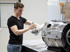 Mensch-Roboter-Kollaboration auf der automatica 2018