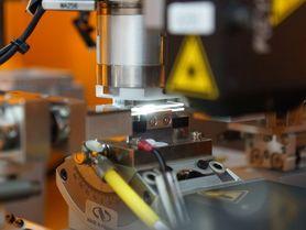 Mikrometergenau: Neue Präzisionsmontagezelle am match