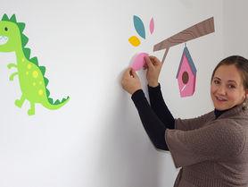 Mit dem Baby ins Büro: Institute unterstützen junge Eltern