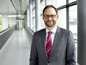 Professorship in Lüneburg: Matthias Schmidt leaves IFA
