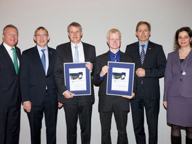 Tobias Krühn presented Science Award for Supply Chain Management