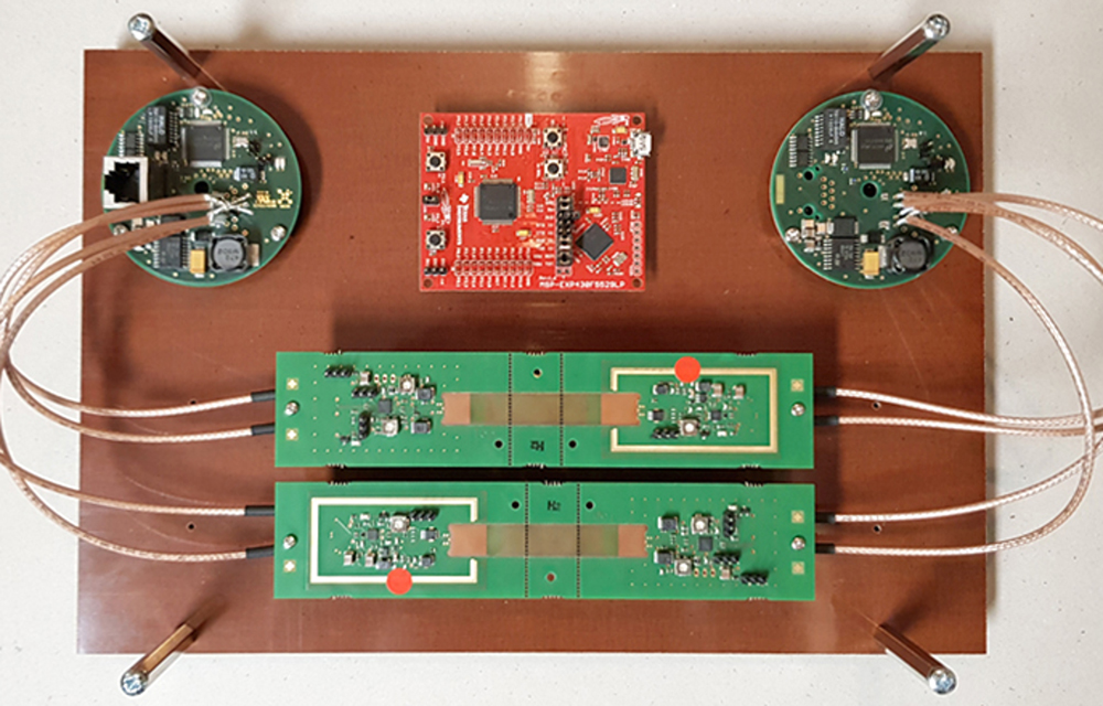Figure 4: Demonstrator: Optical Fast-Ethernet transmission link. (Photo: Ulrich Wetzel, Siemens)